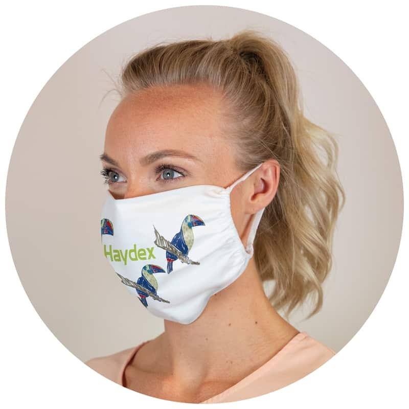 Masque en polyester